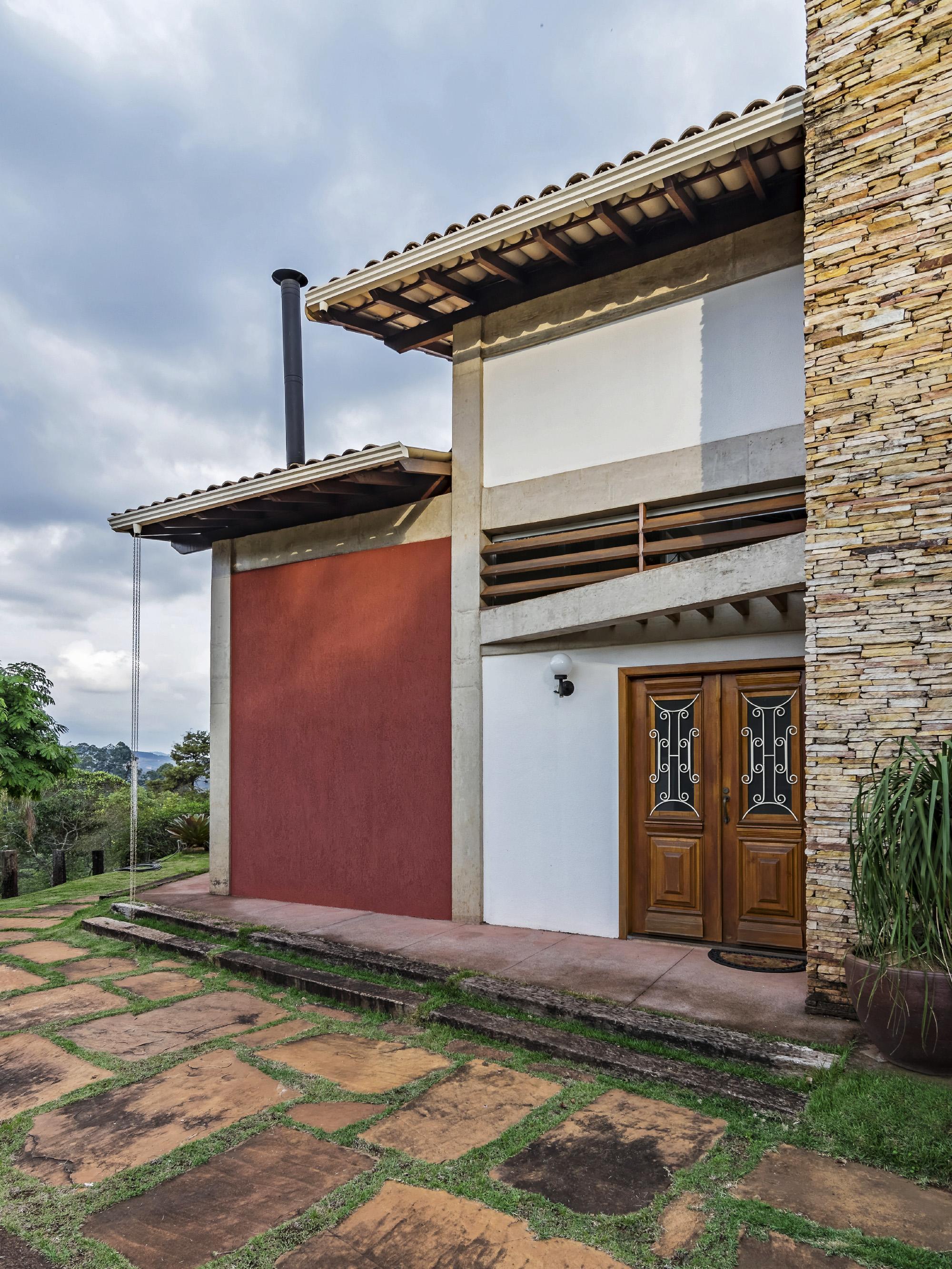 img-fachada-frente-casa-projeto-residencial-grupo-arquitetos