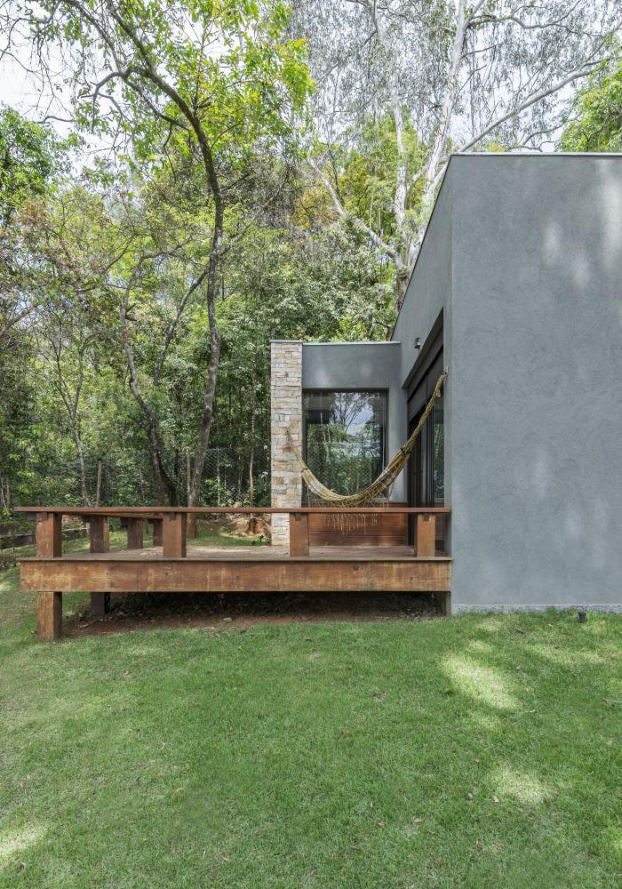 img-lar-quintas-do-sol-projeto-residencial-grupo-arquitetos-fachada-lateral