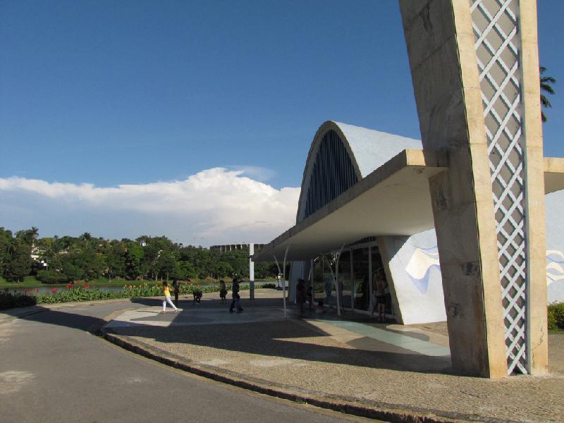 Igreja-da-pampulha-em-Minas-Gerais-projetada-por-Niemeyr